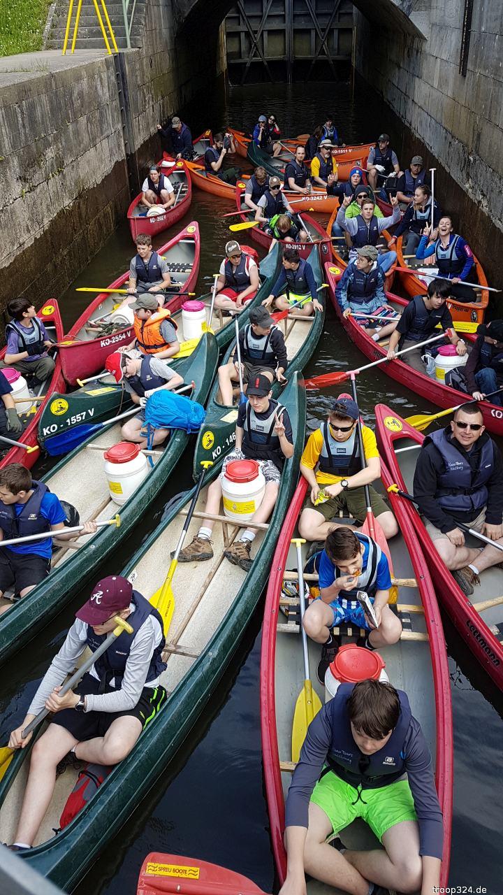 canoeing lahn river 04.18